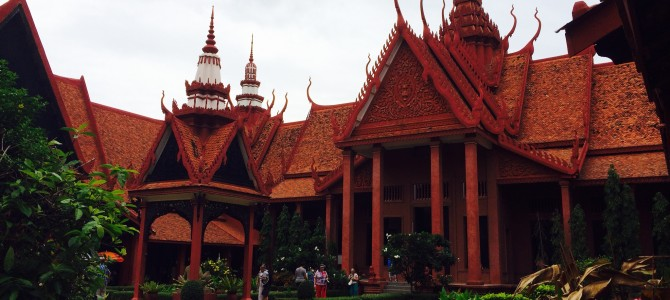 J5 : Phnom Penh en long, en large, en travers…